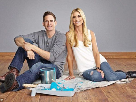 Flip or flop per episode rate tarek el moussa was spotted for How much are chip and joanna paid per episode
