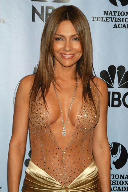 Vanessa Marcil Engaged With Her Boyfrienddivorce With Ex Husband Carmine Giovinazzo