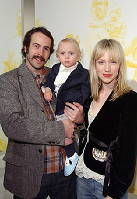 Actress Beth Riesgraf is rumored to be getting married ...