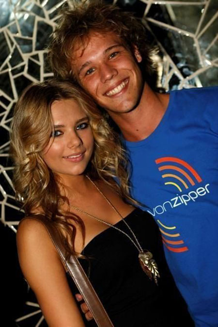 indiana evans and angus mclaren still dating Just add water is an australian television program for kids and indiana evans angus mclaren the two have been on and off dating since the.