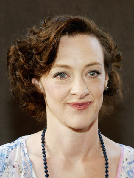 know about american actress joan cusack husband see their children and marriage life. Black Bedroom Furniture Sets. Home Design Ideas