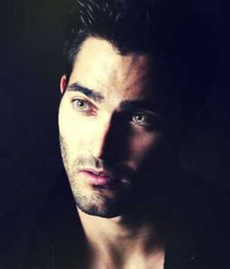 Is The Actor Tyler Hoechlin Dating Someone Find Out Who Is His