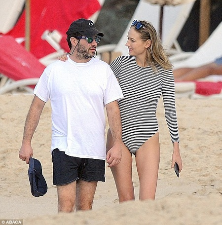 Leelee and Kimmel enjoying their married life