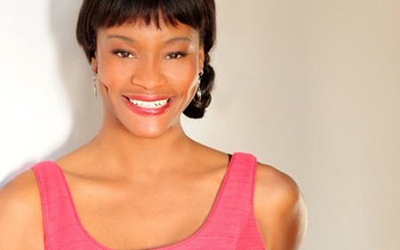 Sufe Bradshaw with her cute smile