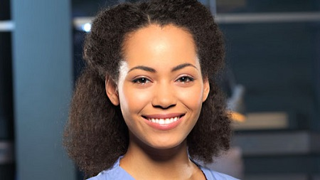 Madeleine Mantock with a charming simile