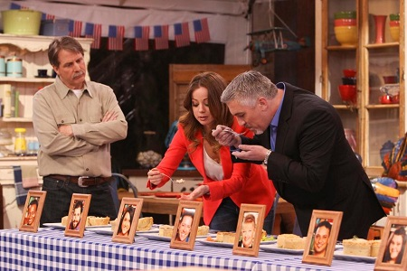 Marcela Valladolid and Paul Hollywood in the show The American Baking Competition