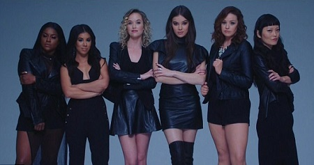 Hailee Steinfeld, Ester Dean, Chrissie Fit, Kelly Jakle, Shelley Regner and Hana Mae Lee