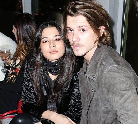 Who is dating xavier samuel