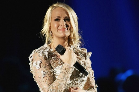 The winner of the fourth season of American Idol, Carrie Underwood