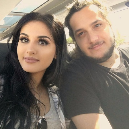 Sssniperwolf med Single