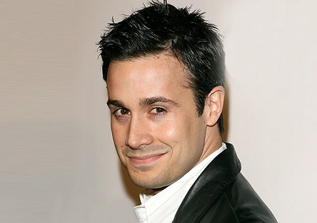 american actor freddie prinze jr marriage to wife since