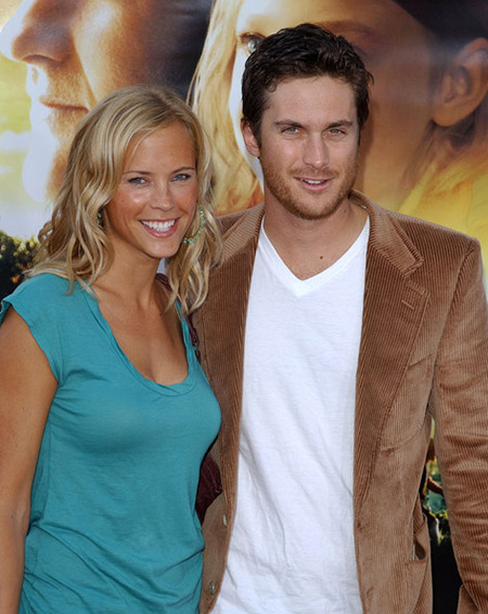 Oliver Hudson with his ex-girlfriend Vinessa Shaw