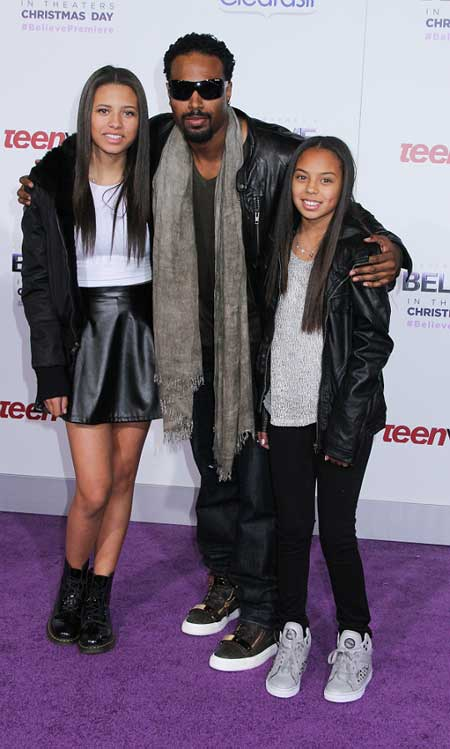 shawn wayans father of three kids but who is the mother
