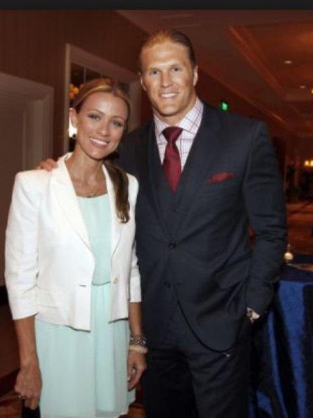 Does clay matthews have a girlfriend