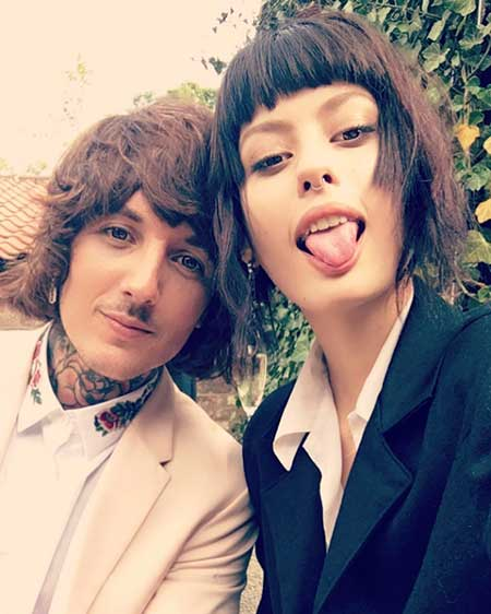 Musician Oliver Sykes Married to Wife Alissa Salls; Know ...