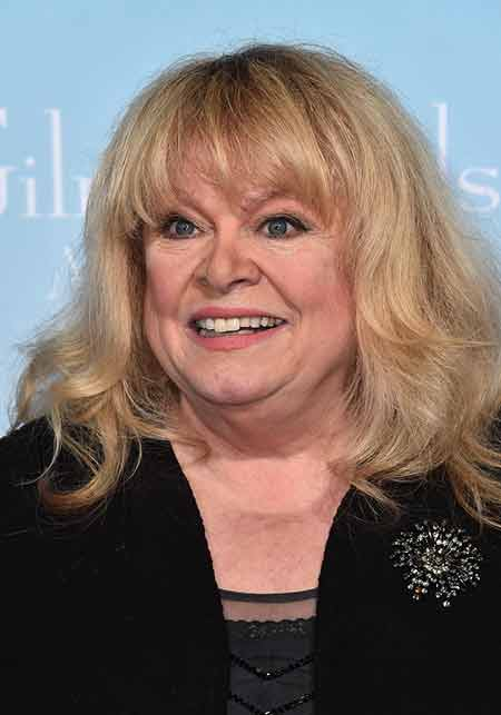 Sally Struthers makes DUI plea deal in Maine