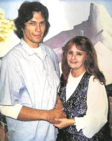 Doreen Lioy with Richard Ramirez