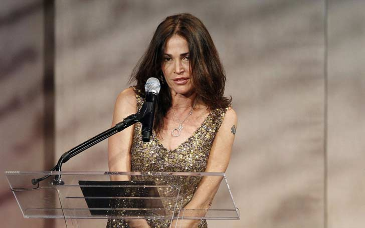 'NYPD Blue' Kim Delaney Married And Divorce Twice; Has One Son From Her Previous Marriage; What Is Her Current Relationship Status?
