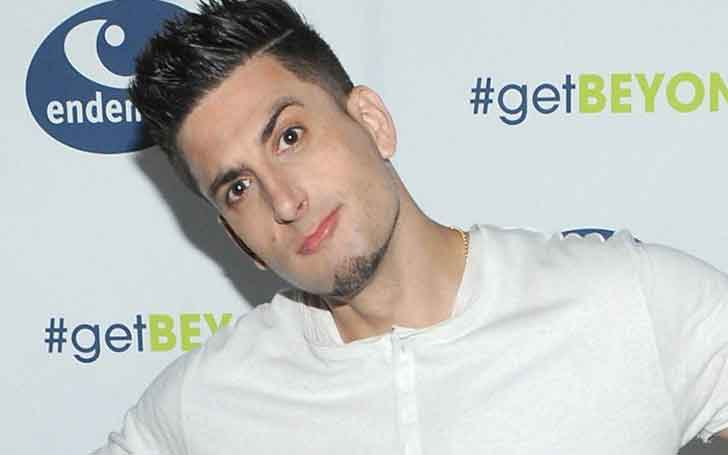 1.8 m Tall Vlogger Jesse Wellens Has Rumors Of Having A Daughter; Know If He Is Married; Was In A Relationship With Jenna Smith