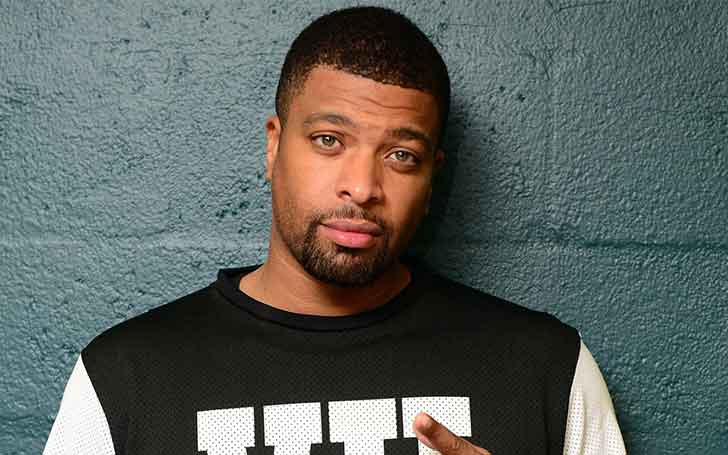 Comedian DeRay Davis  Opens Up About Relationship With Two Girlfriends-Details Of His Polyamorous Arrangement