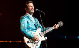 Who is Chris Isaak's Girlfriend? Is he Dating? Also see his Career here