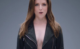 Anna Kendrick Goes Braless At Pitch Perfect Reunion on The Voice