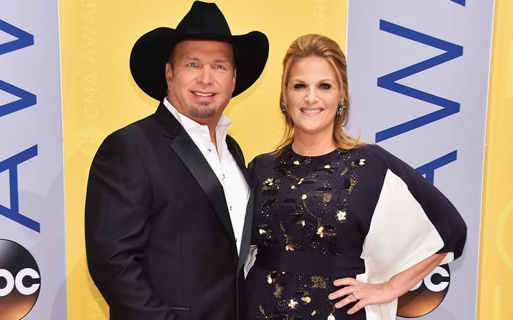 American Singer Garth Brook Married Twice; Is With Wife Trisha Yearwood Since 2005; What About Their Children And His Past Marraige