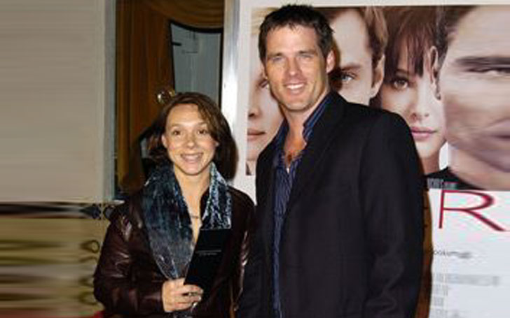 The 28 years of a successful married life of actor Ben Browder and his beautiful wife Francesca Buller. An inspiration to all of us