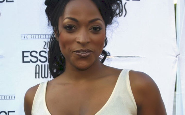 Comedian Kellita Smith is still Single or Married. Know about her Affairs and Relationship History