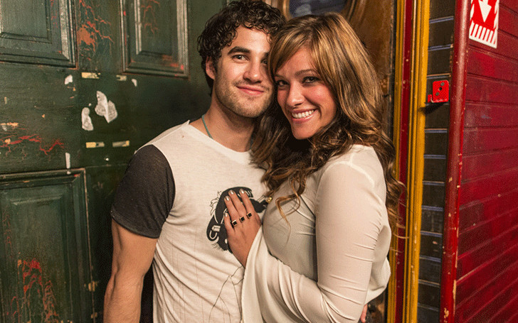 Mia Swier Wedding Engaged Parents Age
