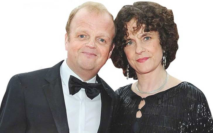 Toby Jones Married His Longtime Girlfriend Karen Jones After Dating For 25 Years In 2014-How Is their Relationship Going On ?