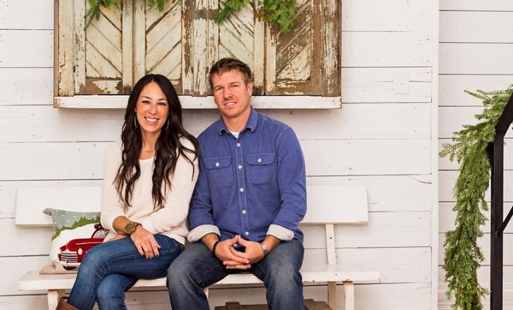 Fixer's Upper Stars Chip and Joanna Gaines All Prepped To Open Their New Restaurant!