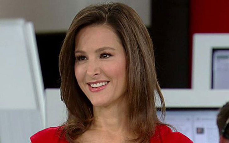 Fox News correspondent Lea Gabrielle Single after Divorce with Husband; Is she dating someone?
