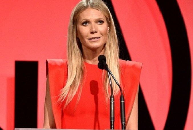 Gwyneth Paltrow Debuts Her Big Blue Engagement Ring At the 2018 Producers Guild Awards Wowing Everyone After Getting Secretly Engaged With Her Beau Brad Falchuk