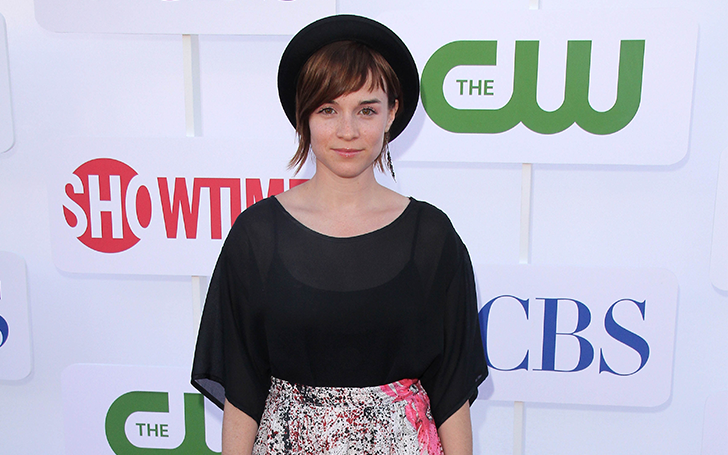 Actress Renee Felice Smith is possibly Single. No time to have a Boyfriend