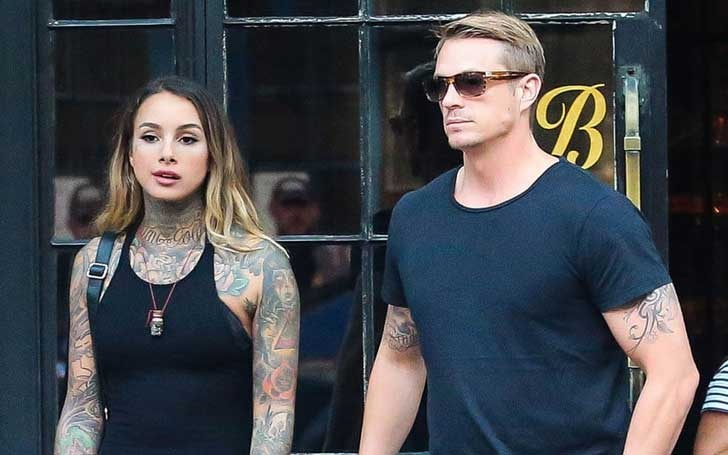 Joel kinnaman is dating who