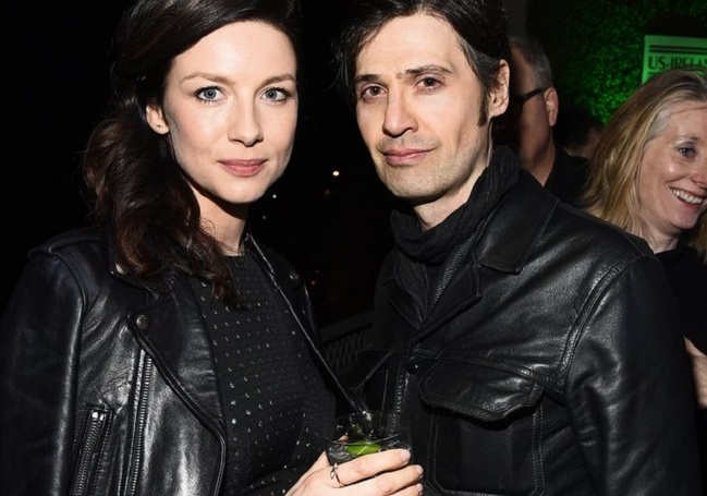 Outlander Actress Caitriona Balfe Got Engaged To Tony McGill, Showing Off the Ring At The Golden Globes!