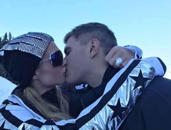 Paris Hilton Got Engaged To Chris Zylka With Her Dream Diamond Worth $2 Million. Details In Pictures!