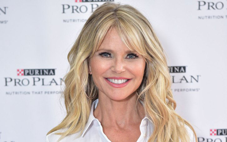 Plastic Surgery is becoming a Hollywood trend; Christie Brinkley also went for the procedure; See her Relationship and Affairs