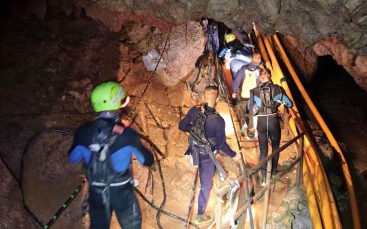 Rescue Operation To Release 12 Boys And Their Football Coach Trapped In A Thailand Cave Begins