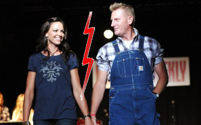 gilmer divorced singles In his career, he has written singles for clay  rory feek at the 45th academy of country music  tamara gilmer (m august 3, 1985, divorced march 25, 1992) joey .