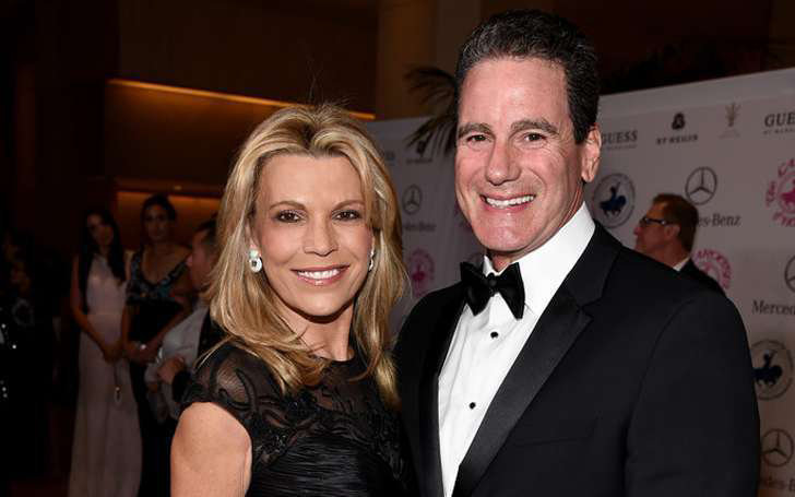 Wheel Of Fortune Hostess Vanna White Married John Donaldson After Divorcing George Santo Pietro. Know About Her Current Relationship Status