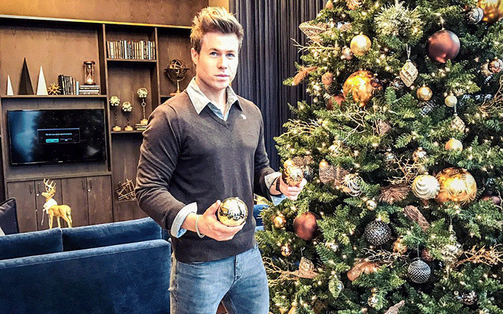 Is Ashley Parker Angel married? Know about his children and family.