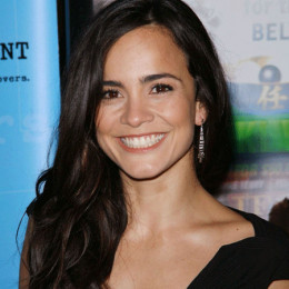 Alice Braga Wiki Affair Married With Age Height Actress