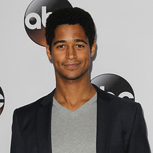 Alfred Enoch Wiki Affair Married Height
