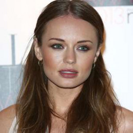 Laura Haddock wiki, affair, married, Lesbian with age, height