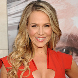 Julie Benz Wiki Affair Married Lesbian With Age Height