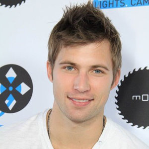 Justin Deeley Wiki Affair Married Gay With Age Height