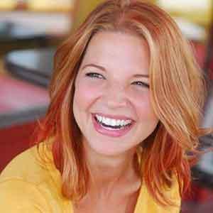 Hallie Gnatovich wiki, affair, married, husband, net worth, career