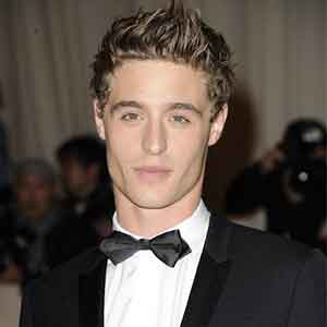 Max Irons wiki, affair, married, age, height, career, personal life